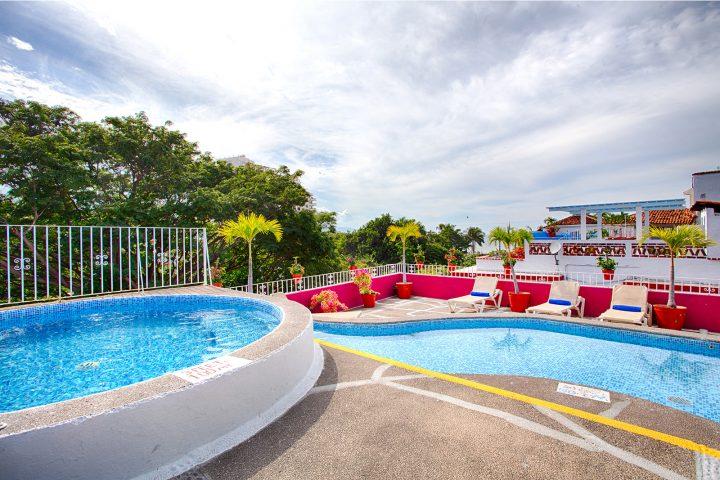 Alberca-Terraza-Hotel-Suite-Plaza-del-Rio-Centro-Puerto-Vallarta