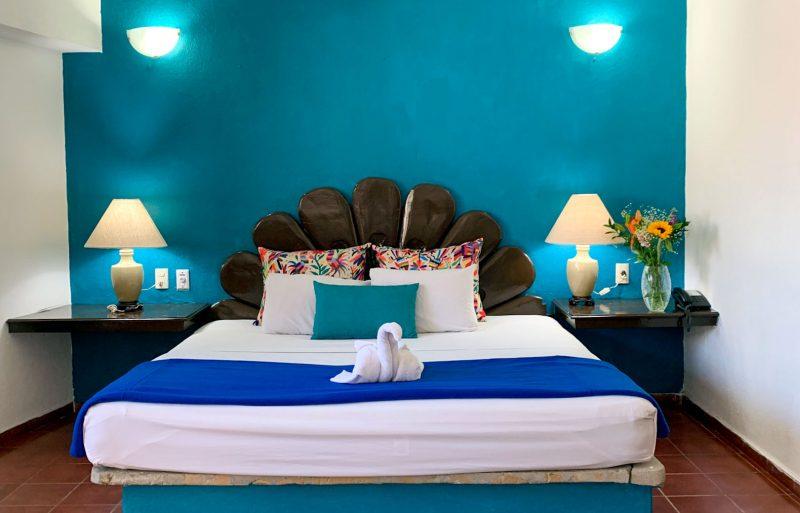 Habitacion-de-Junior-Suite-Hotel-Familiar-Centro-Puerto-Vallarta-Suites-delRio